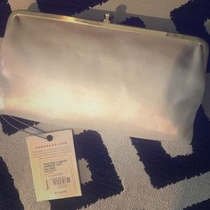 Hobo Lauren clutch champagne colored